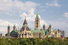 Parlamentbyggnader i Ottawa Ontario Royaltyfri Bild