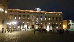 Parlamento italiano alla notte Fotografia Stock