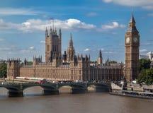 Parlaments-Gebäude und Big Ben London England Lizenzfreies Stockbild