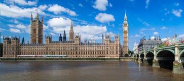 Parlaments-Gebäude und Big Ben London England Lizenzfreie Stockbilder