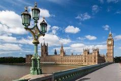 Parlaments-Gebäude und Big Ben London England Stockbilder