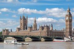 Parlaments-Gebäude und Big Ben London England Stockfotografie