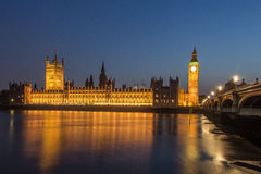Parlaments-Gebäude und Big Ben London England Lizenzfreie Stockfotografie
