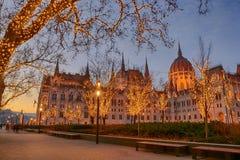 Parlementsgebouw van Boedapest, Kerstmis stock foto's