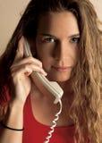 Parler au téléphone Photos libres de droits