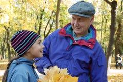 Parler de père et de descendant Photo libre de droits