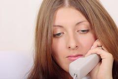 Parler de téléphone Photographie stock