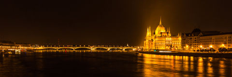 Parliament building Budapest by night Royalty Free Stock Photos