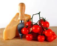 Parmesankäse und Tomaten Lizenzfreies Stockfoto