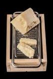 Parmesanost på rivjärnet Royaltyfria Foton