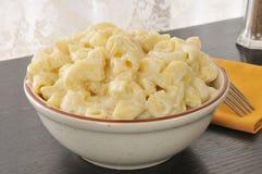 Parmezaanse kaasmacaroni en kaas stock afbeelding