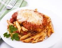 Parmigiana de poulet images stock