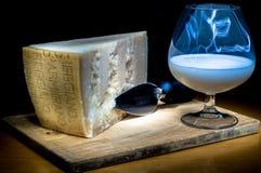 Parmigiano e latte Fotografie Stock