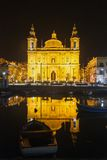 Parochiekerk bij nacht Floriana. Malta Royalty-vrije Stock Foto's