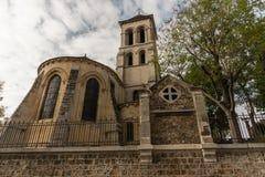 Paroisse圣皮埃尔de蒙马特教会在10月下旬 免版税库存照片