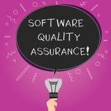 Parola che scrive assicurazione di qualità del software del testo Concetto di affari per l'assicurazione della qualità nel proces royalty illustrazione gratis