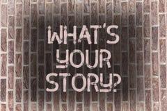 Parola che scrive a testo che cosa S il vostro Storyquestion Il concetto di affari per Connect comunica il muro di mattoni del co fotografie stock libere da diritti