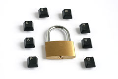 Parola d'accesso scritta con i tasti di tastiera intorno al lucchetto Immagine Stock Libera da Diritti