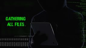 Parola d'ordine fendentesi del pirata informatico anonimo e cancellare tutta la base di dati degli archivi facendo uso della comp video d archivio