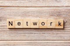 Parola della rete scritta sul blocco di legno Testo sulla tavola, concetto della rete fotografie stock libere da diritti
