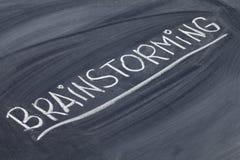 Parola di 'brainstorming' sulla lavagna Immagini Stock