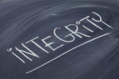 Parola di integrità sulla lavagna Immagine Stock