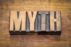 Parola di mito nel tipo di legno dello scritto tipografico Fotografia Stock