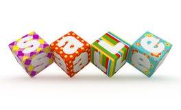 Parola di vendita sui cubi variopinti del tessuto su fondo bianco 9 Fotografia Stock Libera da Diritti