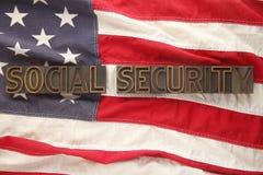 Parole di previdenza sociale sulla bandierina degli S.U.A. Immagini Stock Libere da Diritti