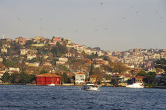 Paronamic sikt för Istanbul stad från havet Arkivbild