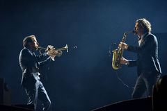 Parov Stelar zespół wykonuje żywego koncert na scenie Zdjęcia Stock