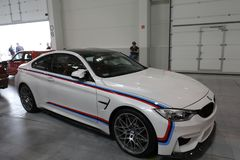 Parowozowy strojeniowy BMW wystawiający przy MOTO POKAZUJE w Krakow Polska obraz royalty free