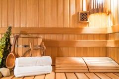 Parowy pokój robić naturalny drewno obrazy stock