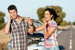 Parproblem på bilvägtur Arkivfoto