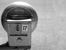 Parquímetro medido el tiempo hacia fuera Fotografía de archivo
