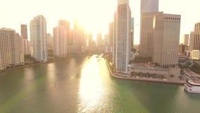 Parque aéreo Miami céntrica de Bayfront de la opinión de la puesta del sol almacen de video
