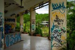 Parque abandonado del agua, tonalidad fotos de archivo