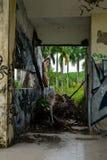 Parque abandonado del agua, tonalidad imagenes de archivo