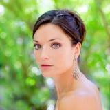 Parque al aire libre de la mujer hermosa de los ojos azules Imagenes de archivo