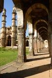 Parque arqueológico de Champaner - de Pavagadh cerca de Vadodara, la India Foto de archivo