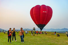 Parque Chiang Rai Balloon Fiesta 2016 de Singha Fotos de Stock Royalty Free