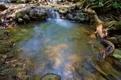 Parque da cachoeira da floresta de Sra Nang Manora Phangnga Nation foto de stock