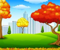 Parque da cidade do outono com fundo da construção Imagem de Stock