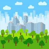 Parque da cidade no fundo dos arranha-céus Imagem de Stock Royalty Free