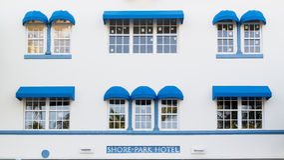 Parque da costa do hotel do art deco em Miami Beach, Florida Imagens de Stock