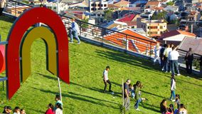 Parque da luz ou do Megaparque de la Luz Logotipo da municipalidade de Cuenca imagens de stock