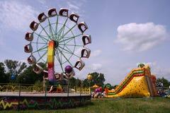 Parque de atracciones - diversión del verano Foto de archivo libre de regalías