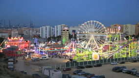 Parque de atracciones en la noche Imagenes de archivo