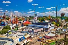 Parque de atracciones de Prater en la opinión aérea de Viena foto de archivo
