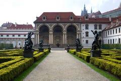 Parque de Beautifull na cidade européia Foto de Stock Royalty Free
